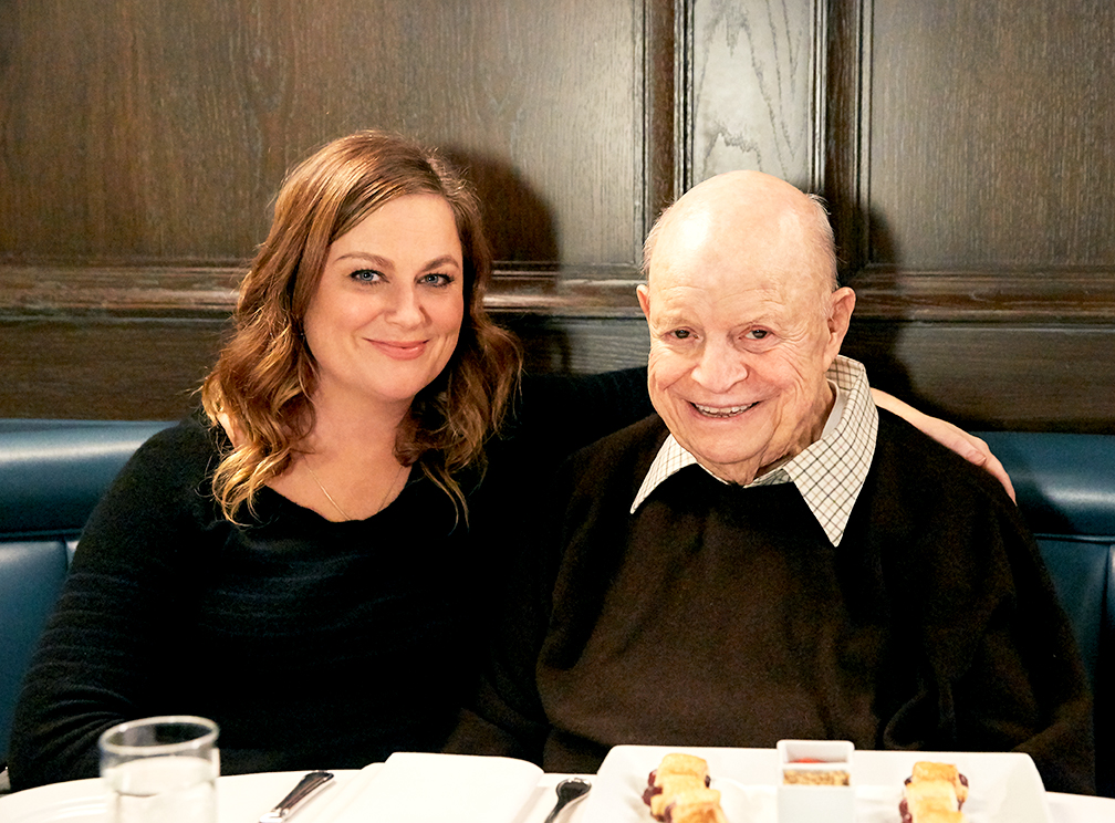 Amy_Poehler Don_Rickles set_photographer bts_photographer unit_photographer aarp_studios los_angeles_set_photographer los_angeles_bts_photographer dinner_with_don