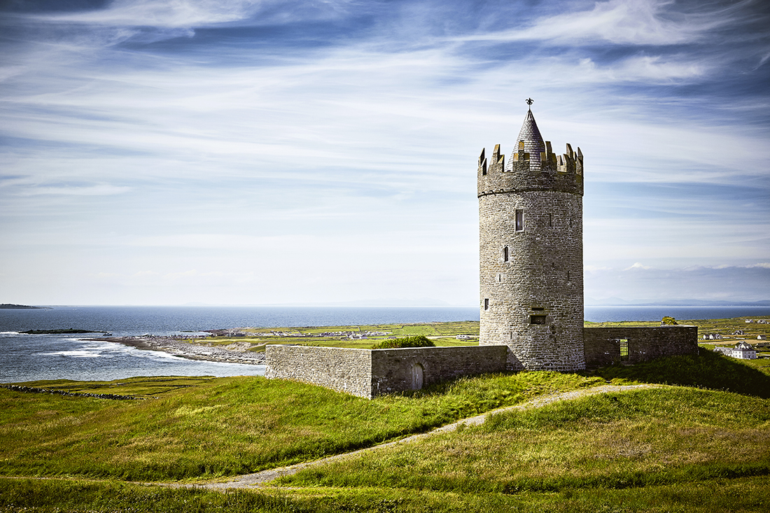 Doonagore_Castle Doolin_Ireland irish_architecture architecture_photographer architecture_photography los_angeles_architecture_photographer castle_architecture